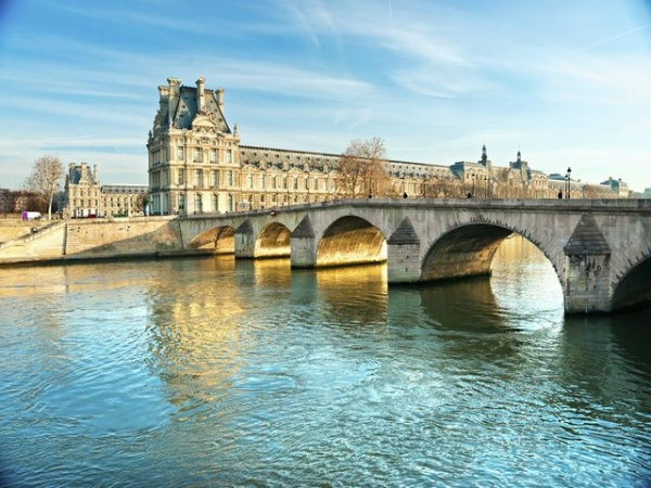 7-Day Western Europe Tour from Paris