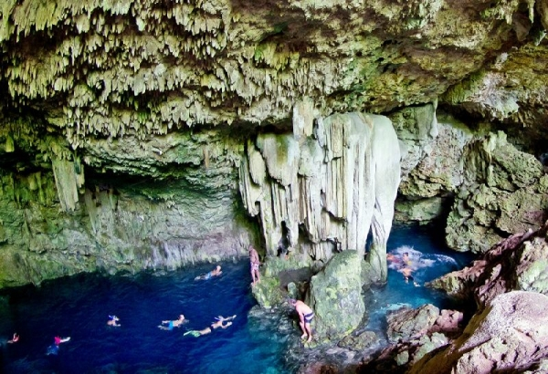 Yumuri Valley and Coral Beach Tour