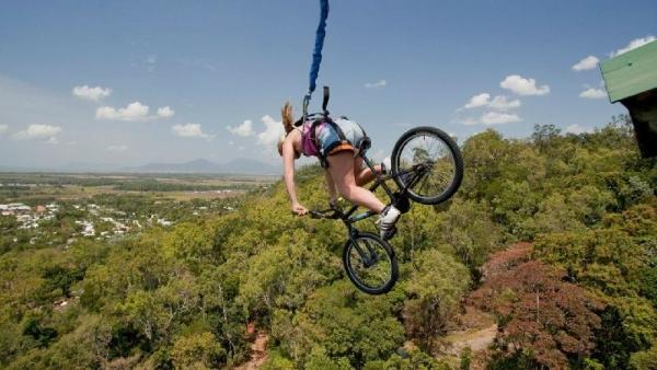 Cairns BMXtreme Bungy Jump