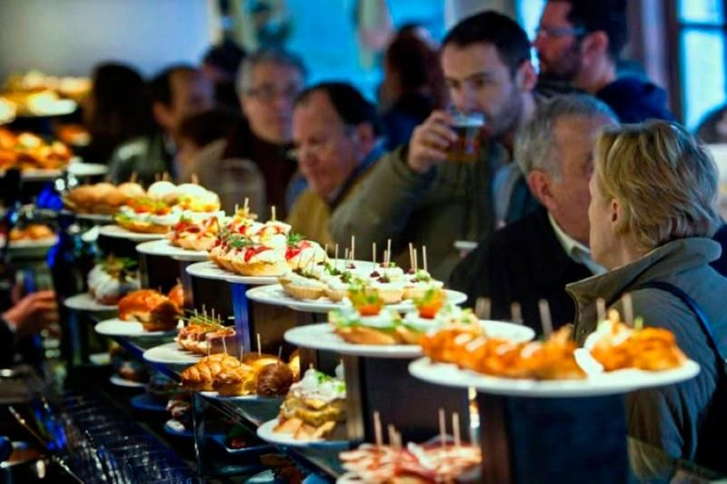 Madrid Authentic Tapas and History Tour