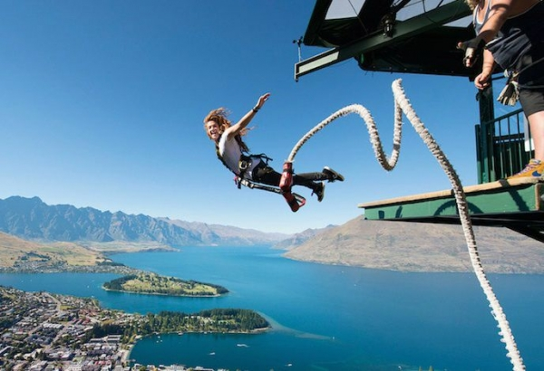 7-Day South Island Hop-On Hop-Off Pass from Queenstown