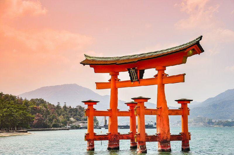 9-Day Contrasts of Japan Tour Package: Tokyo - Mount Fuji - Nagoya - Kyoto - Osaka - Hiroshima