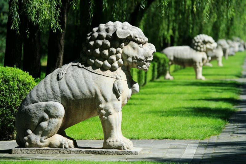Classic Beijing Tour: Sacred Way, Ming Tombs and Badaling Great Wall