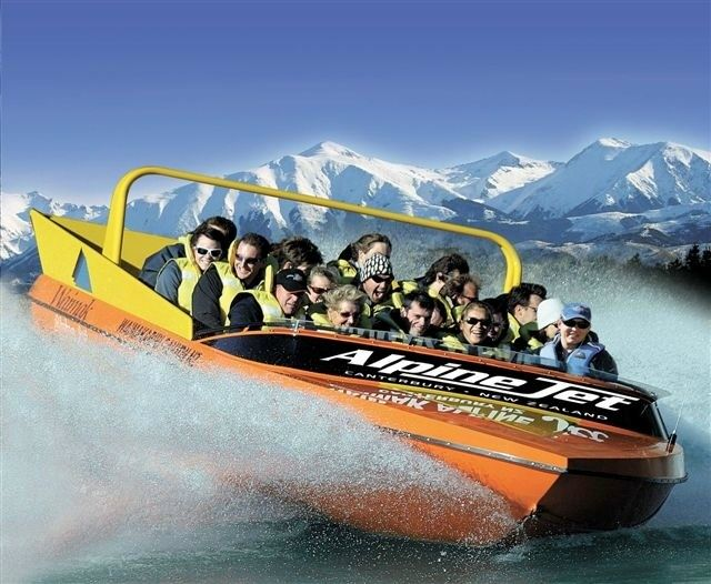 21-Day Queenstown, Christchurch and Wellington Tour from Auckland