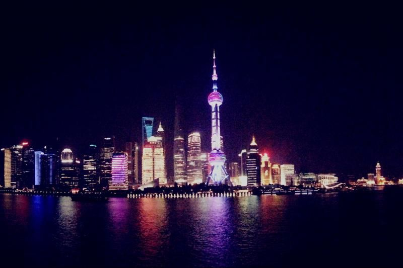 Evening River Cruise and Bund City Lights (Private)
