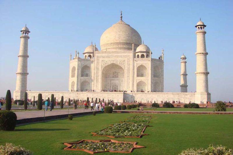 Taj Mahal and Agra Private Tour