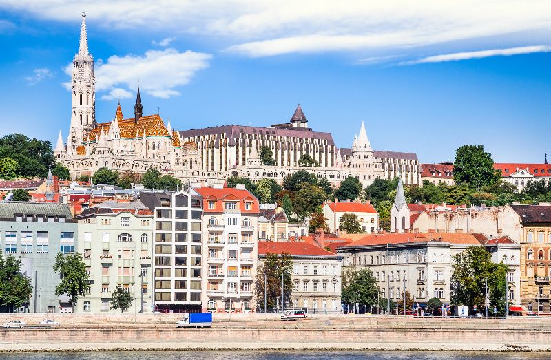 Budapest Sightseeing Tour with Danube River Cruise