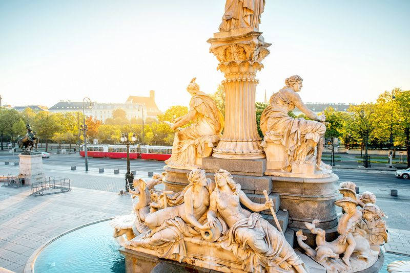 11-Day Tour of Central + Western Europe: Vienna to Paris