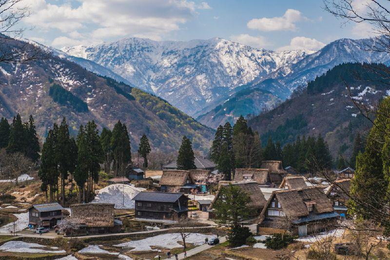 1-Day World Heritage Shirakawago & Gokayama Thatched Roof Village Tour
