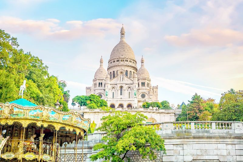 Montmartre and Louvre Museum Guided Tour