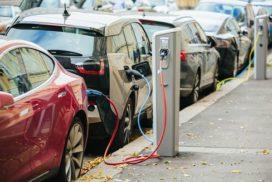 Laadpunten voor elektrische auto's installeren