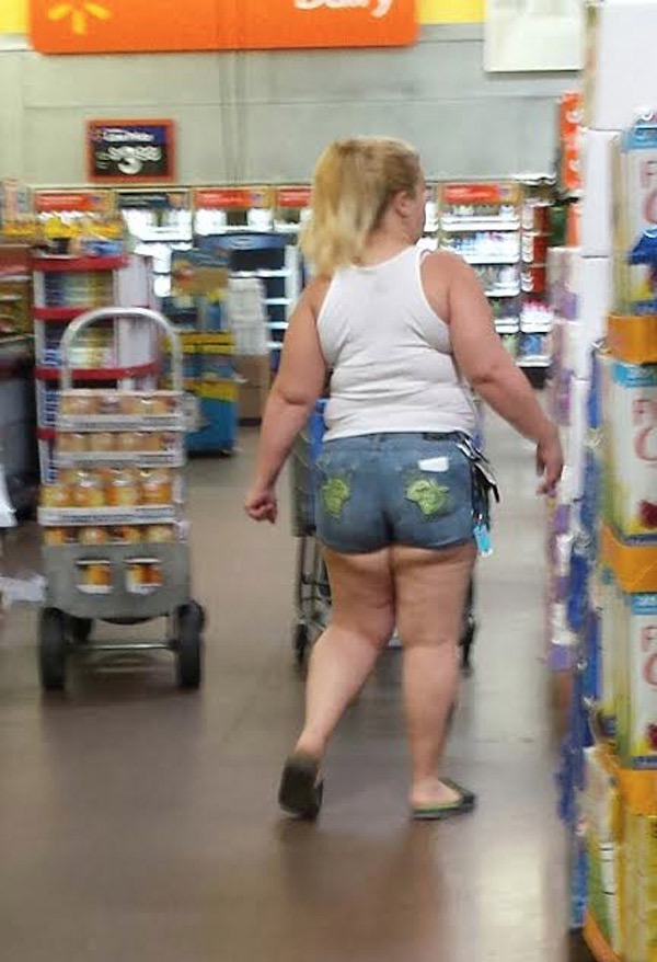 Prices So Low The Bottom Falls Out At Walmart Worst Dressed Fail Extravaganza Walmart Faxo