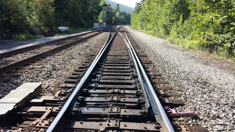 Railroad doule track