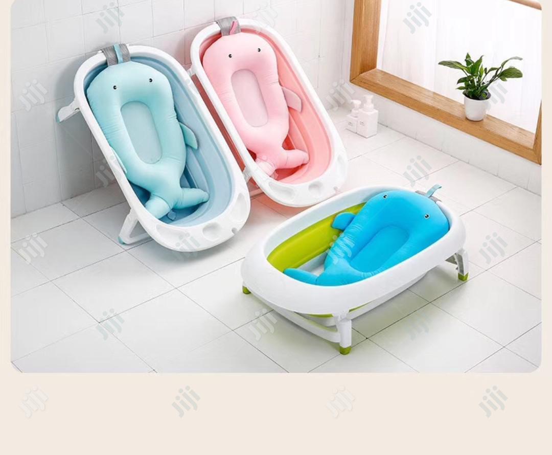 anti slip floating bather bath tub