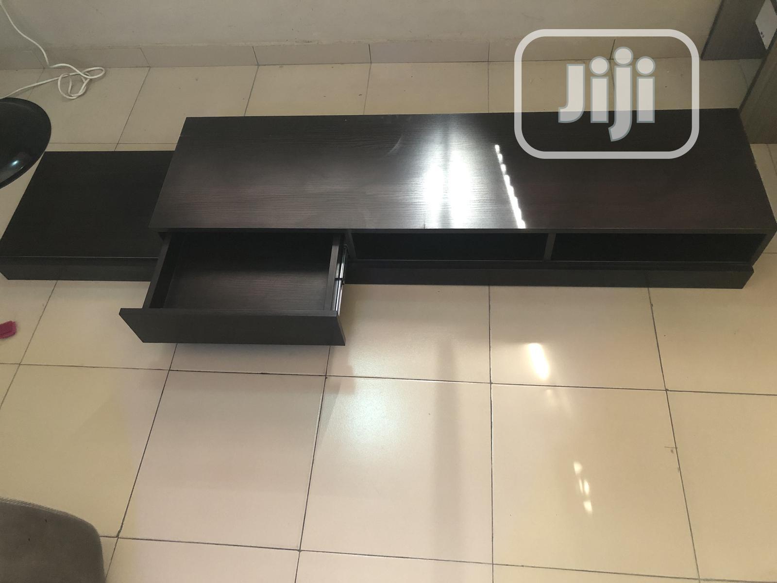A Modern Design Tv Slim Tv Stand In Ikeja Furniture Abiodun Julius Jiji Ng For Sale In Ikeja Buy Furniture From Abiodun Julius On Jiji Ng