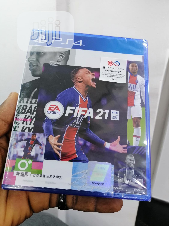 Harga setiap game untuk ps4 hen memang sangat murah dibandingkan dengan game ps4 original dari fisik maupun digital. Harga Cd Ps4 Fifa 2021 2021