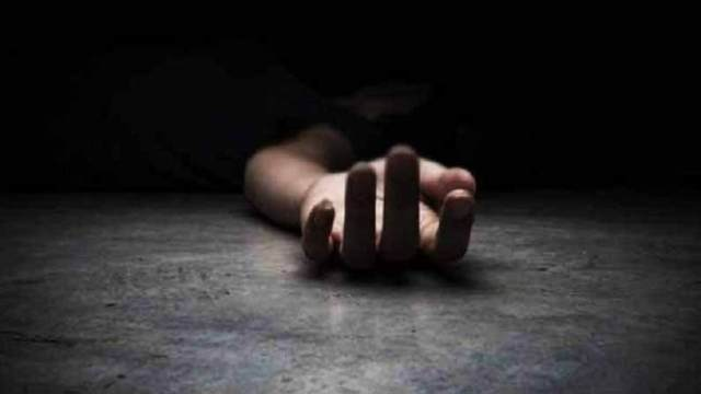 Girl Commits Suicide: Girl commits suicide for not having a smartphone for online classes ..!  Parents in poverty