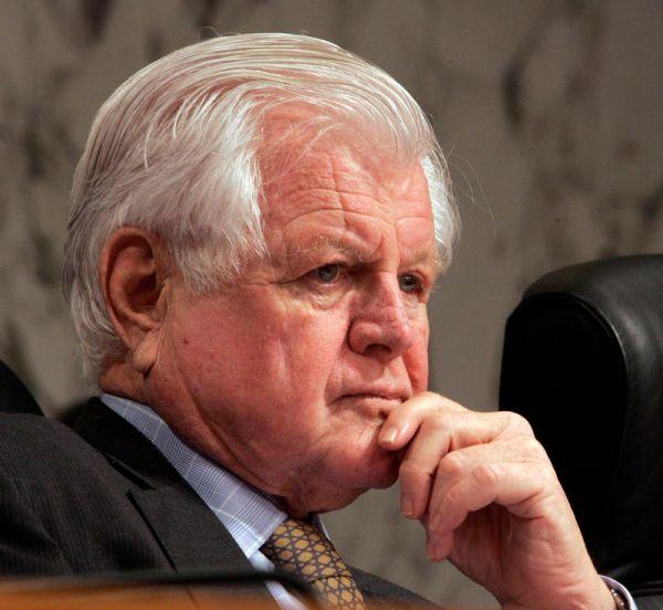 Obituary Photos Honoring Sen. Edward M. Kennedy - Tributes.com