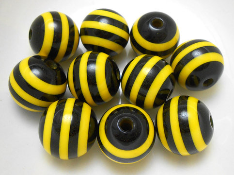 10 Yellow And Black Stripe Resin Beads 20MM Acrylic Beads