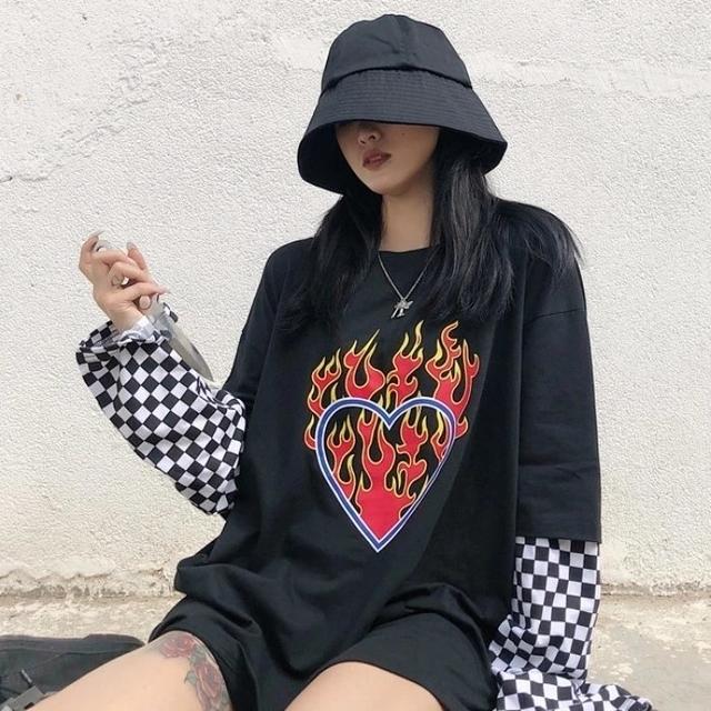 Camiseta E-girl (encomenda)