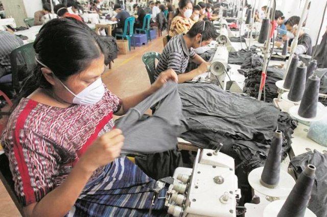 El sector de maquilas es uno de los más grandes generadores de empleo. (Foto Prensa Libre: Hemeroteca PL)