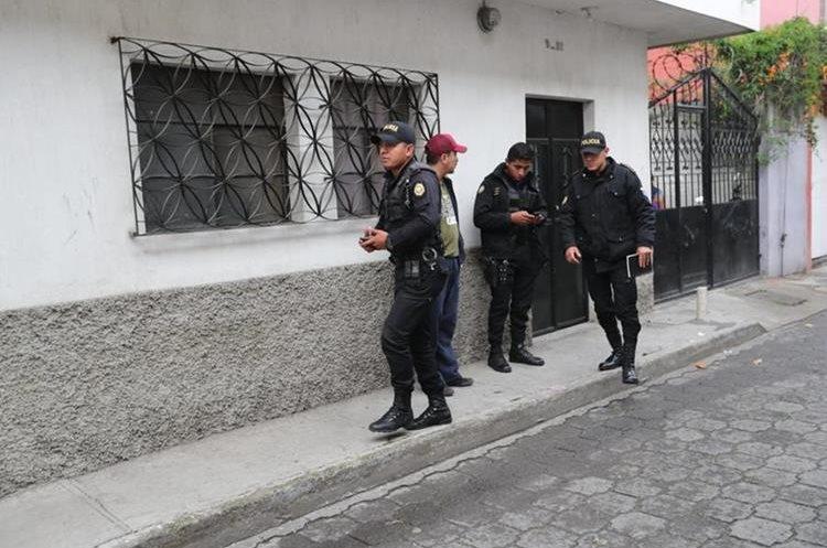 Las fuerzas de seguridad buscan capturar a 70 integrantes de las pandillas del Barrio 18. (Foto Prensa Libre: Érick Ávila)