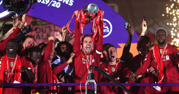 Jordan Henderson Liverpool trophy lift