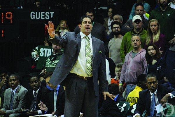 USF men's basketball loses two recruits | The Oracle