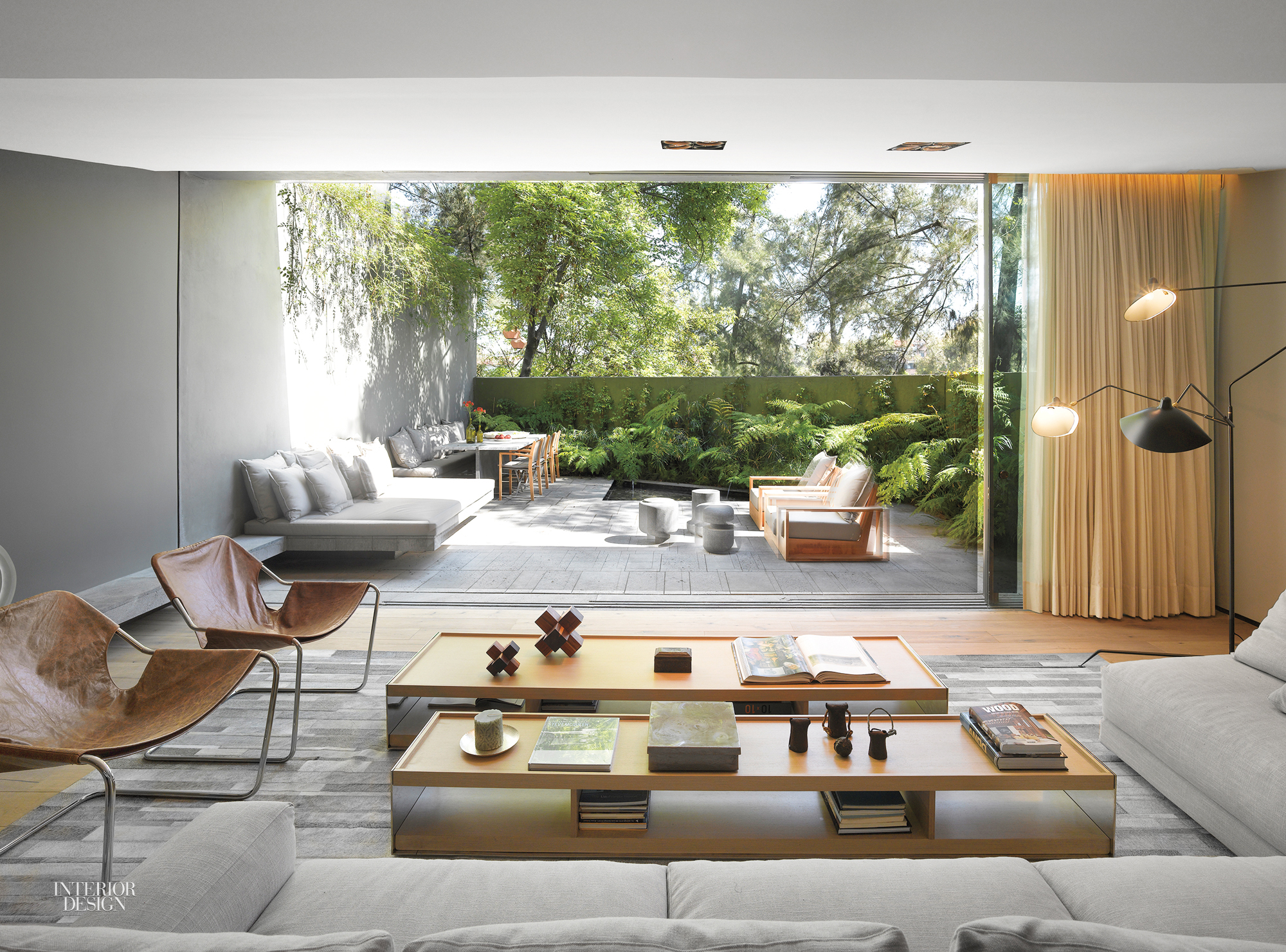 1970's House in Mexico City Recast for Indoor-Outdoor Living on Seamless Indoor Outdoor Living id=87922