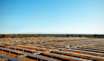Enertis, laboratorio de paneles solares que va hasta el parque en camión