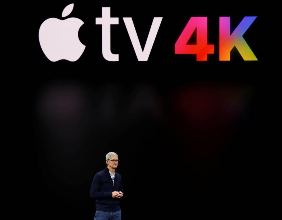 Tim Cook, CEO of Apple, presenta el nuevo Apple TV.
