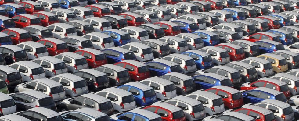 Campa de vehículos nuevos para vender