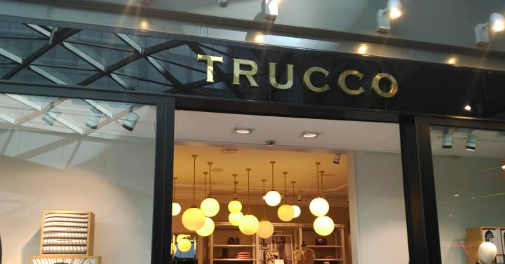 24de0c474 El fondo Black Toro compra la cadena de moda Trucco - GM Abogados Murcia