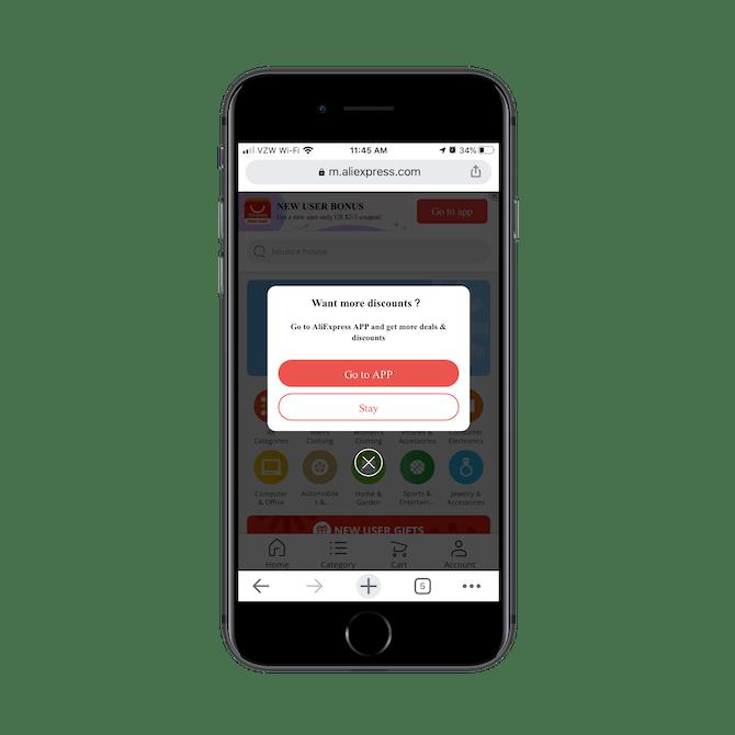 Visiteurs à le site mobile AliExpress voit immédiatement un pop-up qui dit «Je veux plus de réductions» et une recommandation pour installer et aller à l'homologue de l'application.