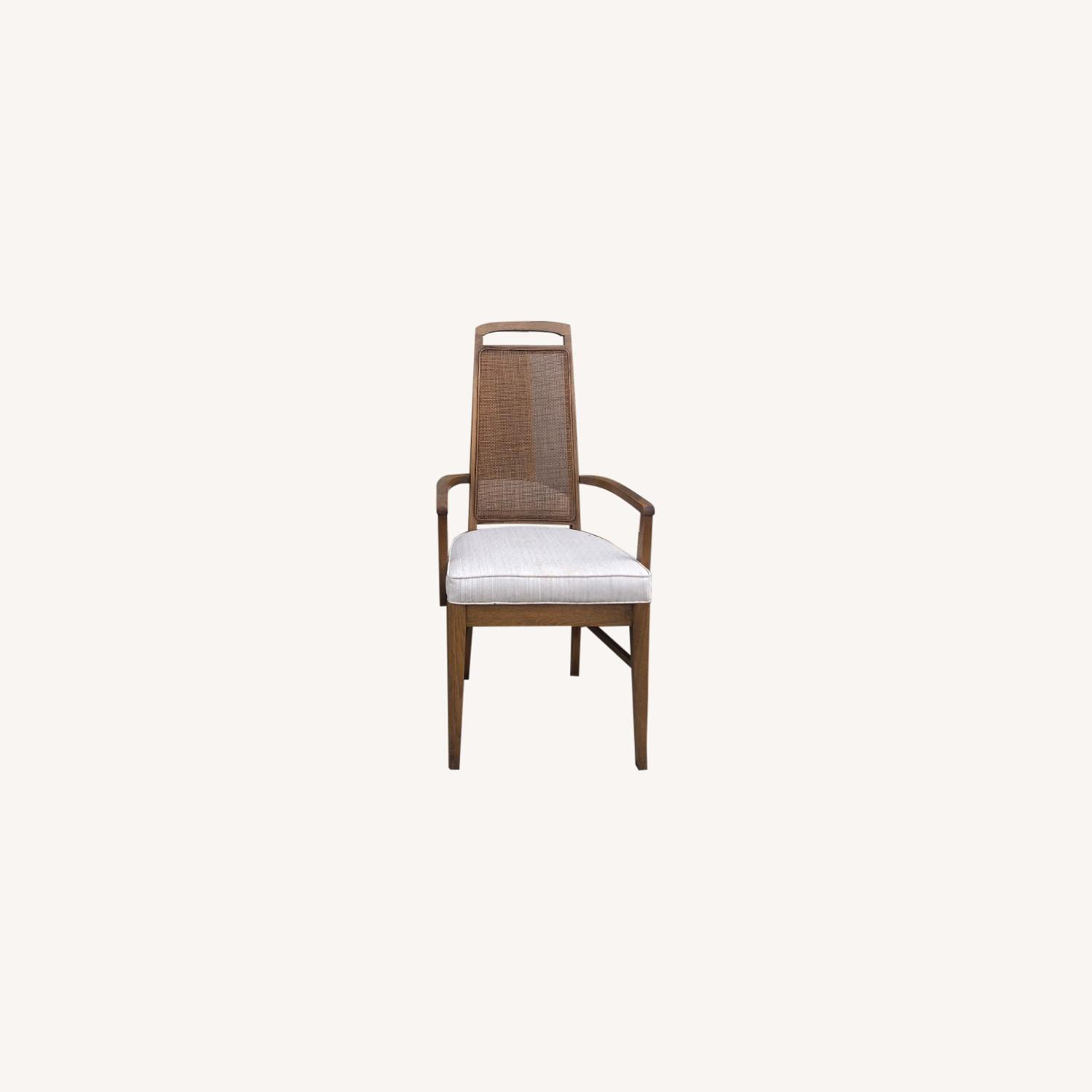 set of 6 broyhill dining chairs with cane back
