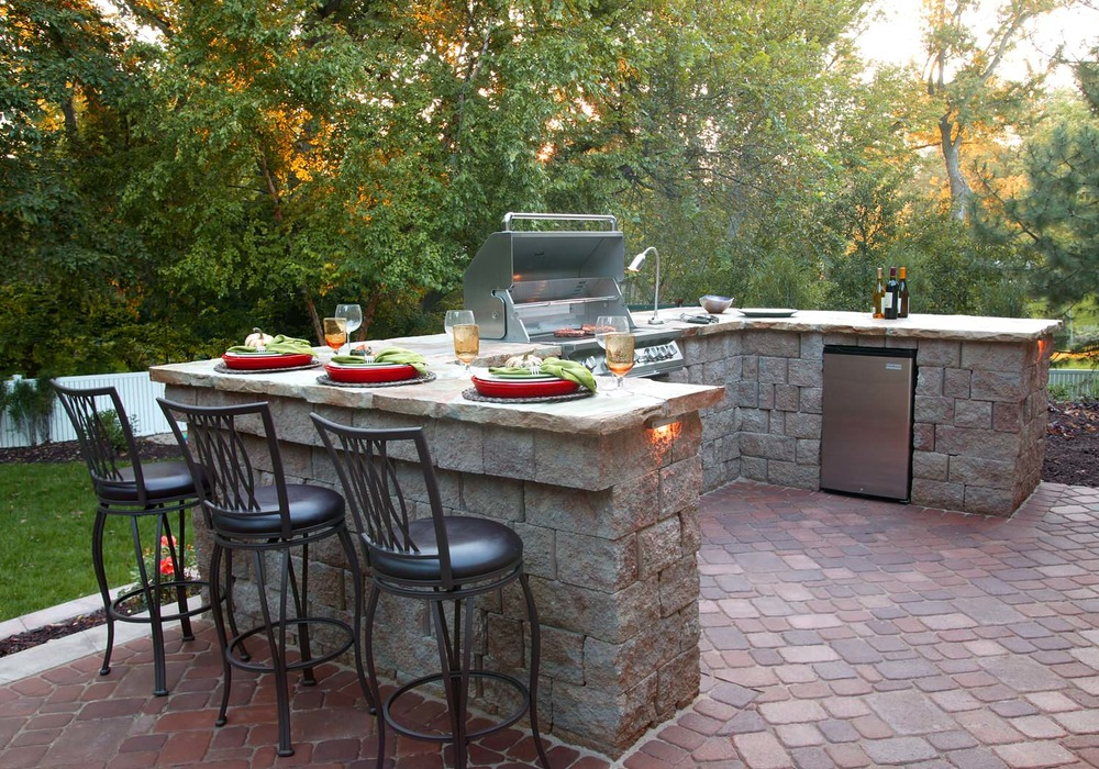 13 Upgrades to Make Over Your Outdoor Grill Area on Patio Grilling Area  id=45236