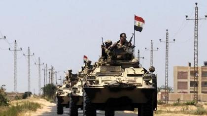 L'armée a lancé vendredi une vaste opération antiterroriste