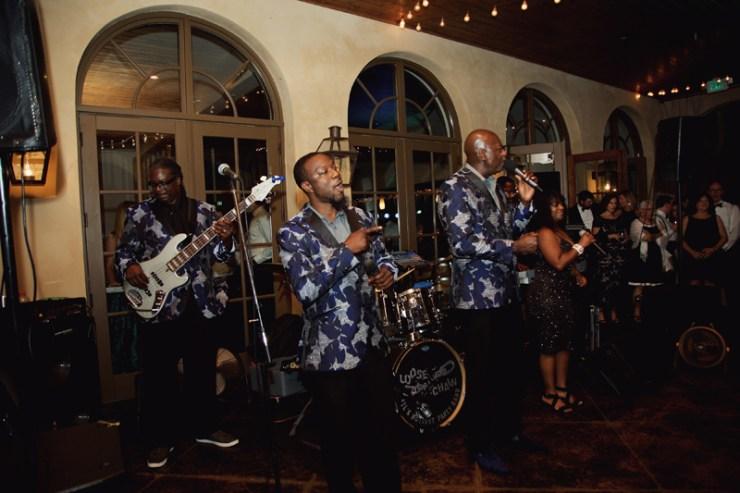 Loose Chain wedding band performing at winery wedding.