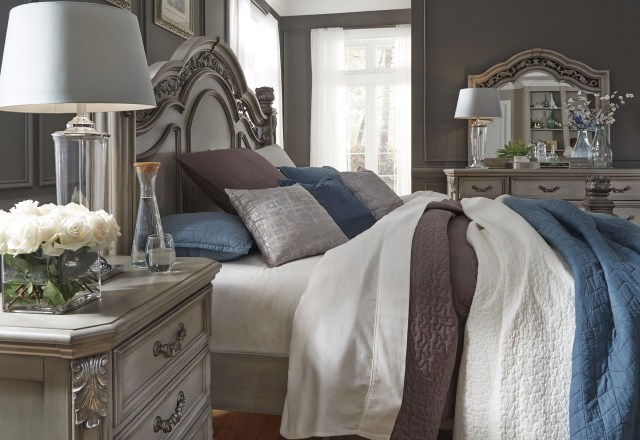 Messina Estates Bedroom Gray Poster Bedroom Set from Liberty