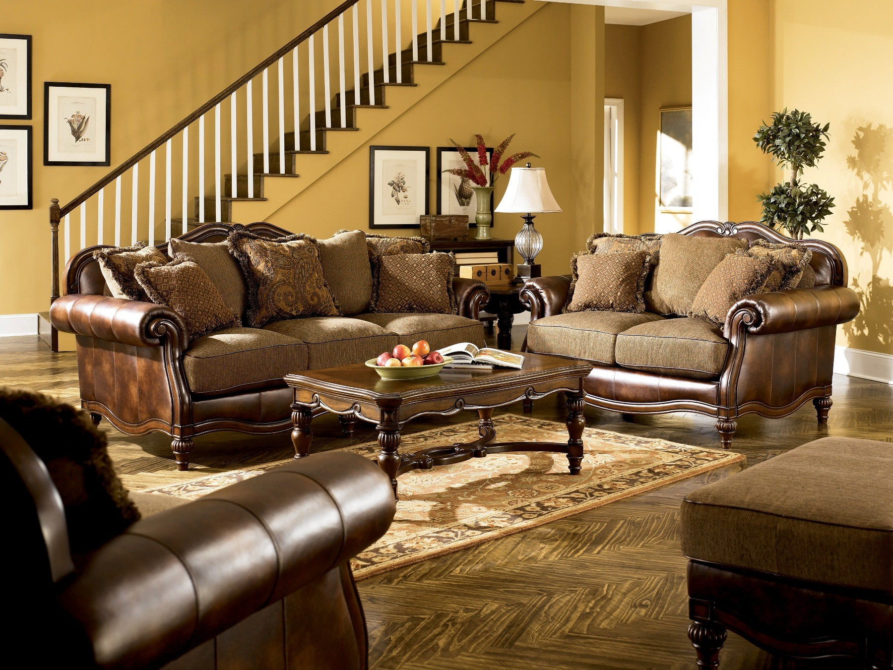 Claremore Antique Living Room Set From Ashley (84303