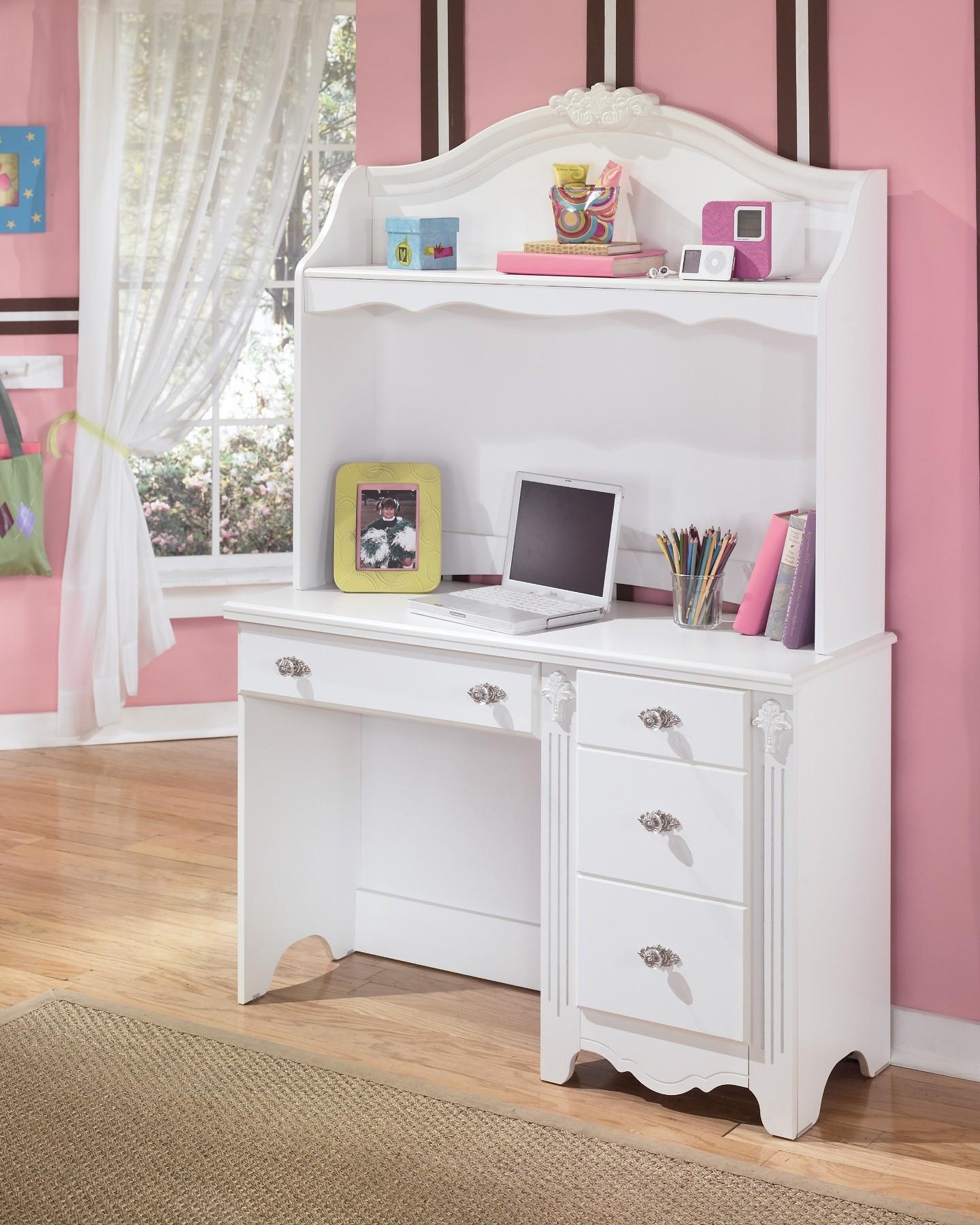 Girls White Desk Hutch