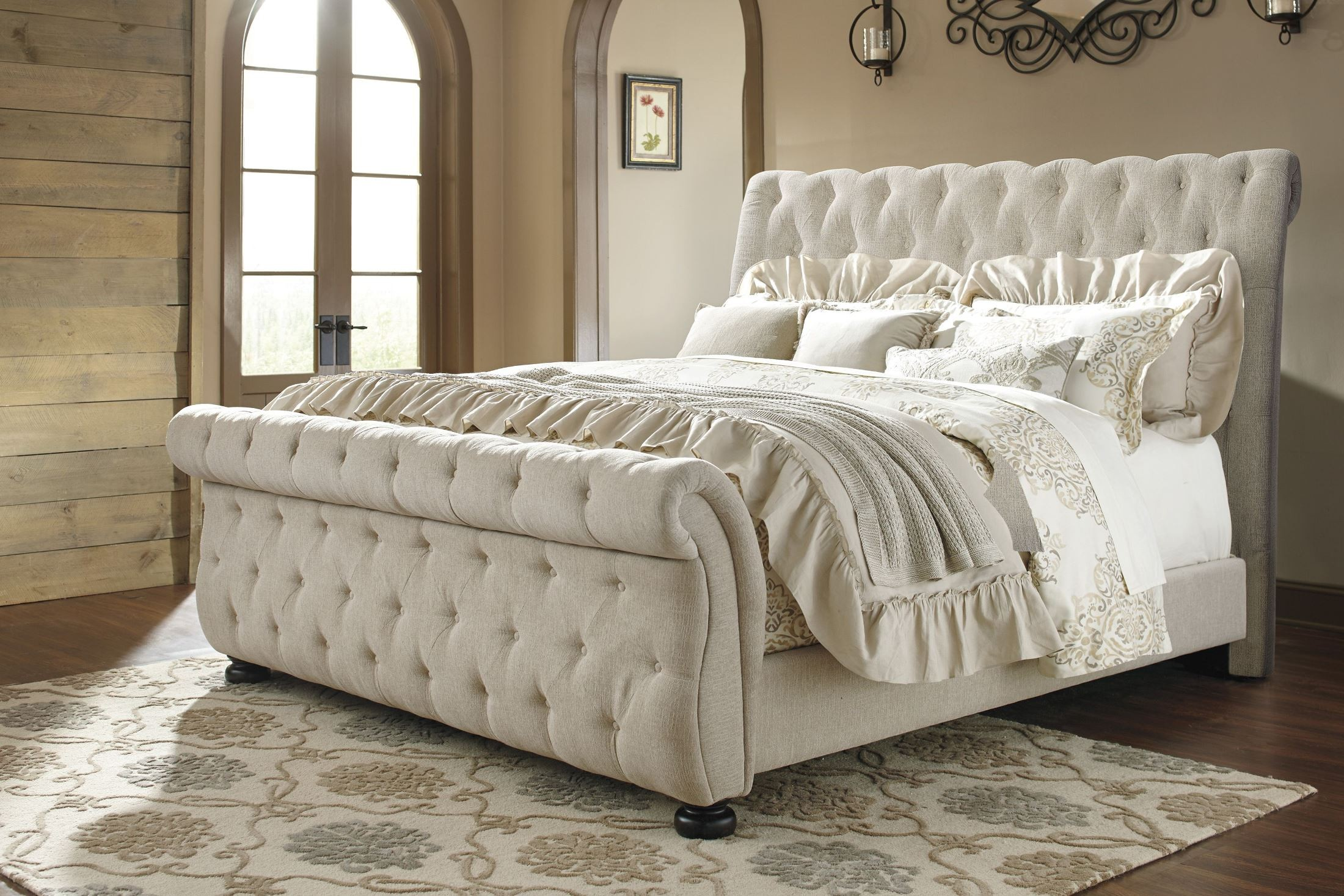 Willenburg Linen Cal King Upholstered Sleigh Bed From