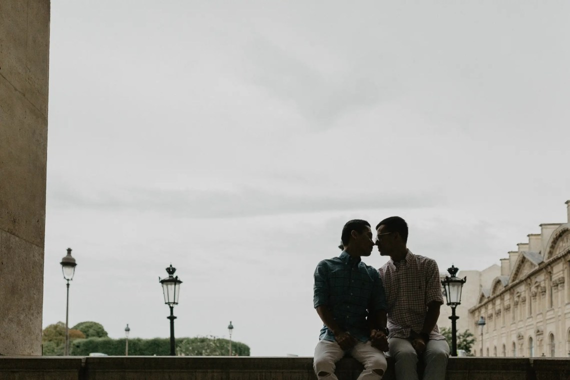 Away We Wow - gay same sex couple photography paris - Louvre Museum travel blogger