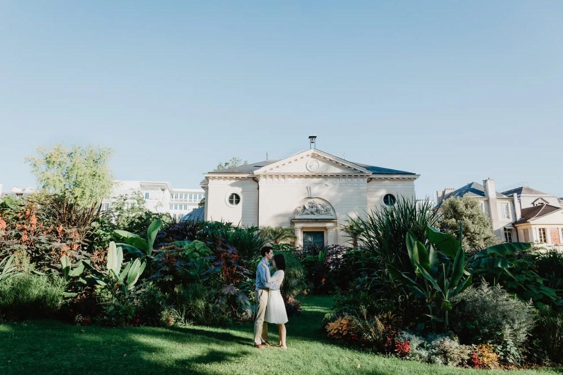 Engagement photograhy in Paris - Jardin des plantes