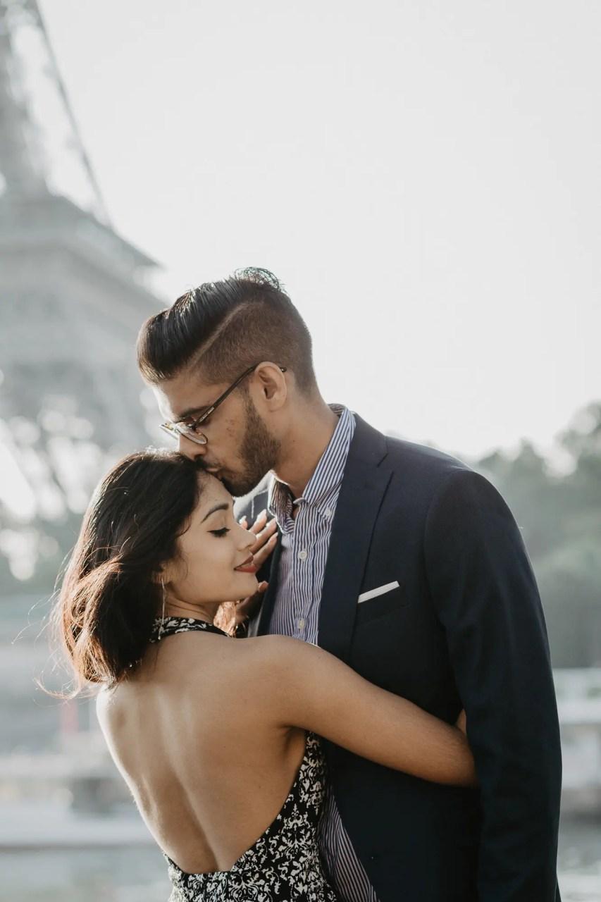 Couple Paris Photography Eiffel