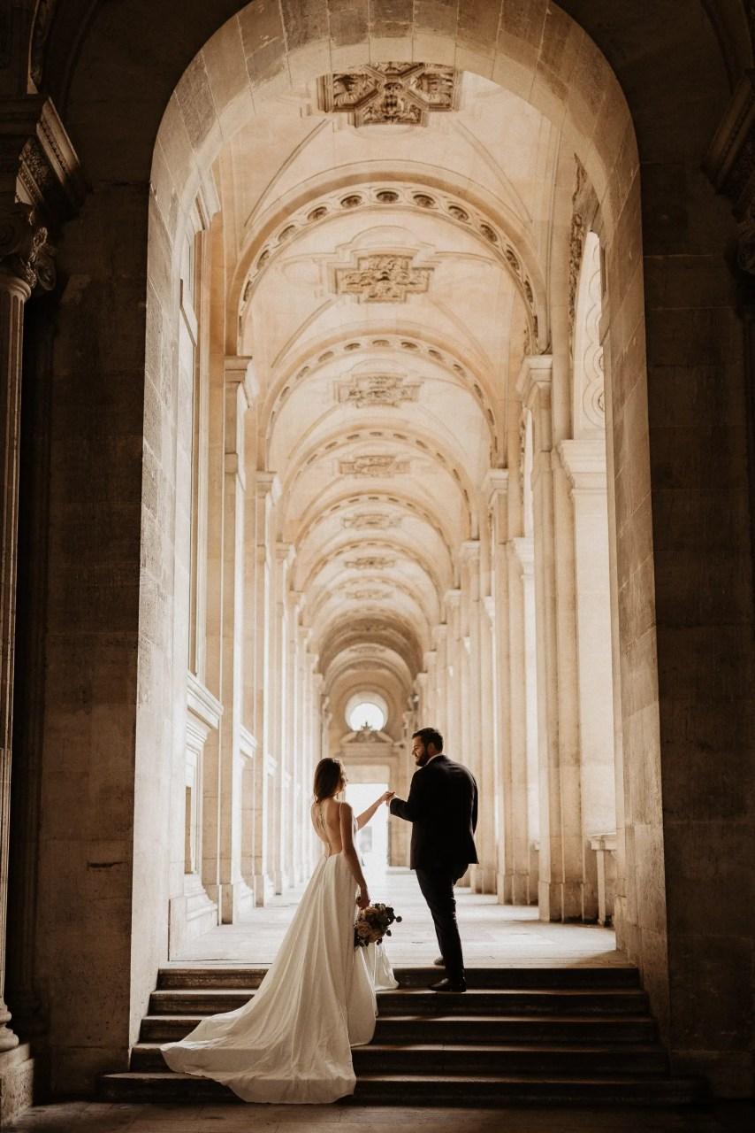 Louvre Paris pre wedding photo