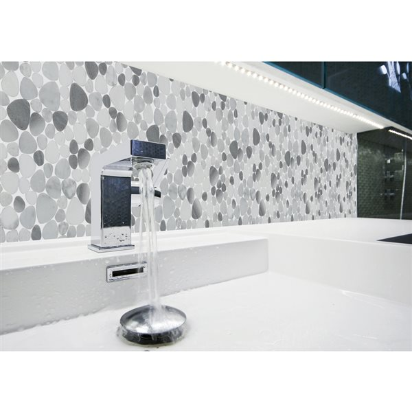 faber 13 in x 13 in moonbeam pebbles blends mosaic wall tile