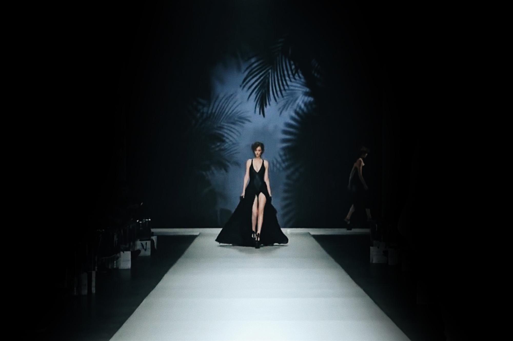 Asphalt Jungle Fashion Show by Dennis Diem, Backdrop Visuals Daan Colijn