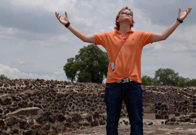 Op de top van Teotihucan (2005)
