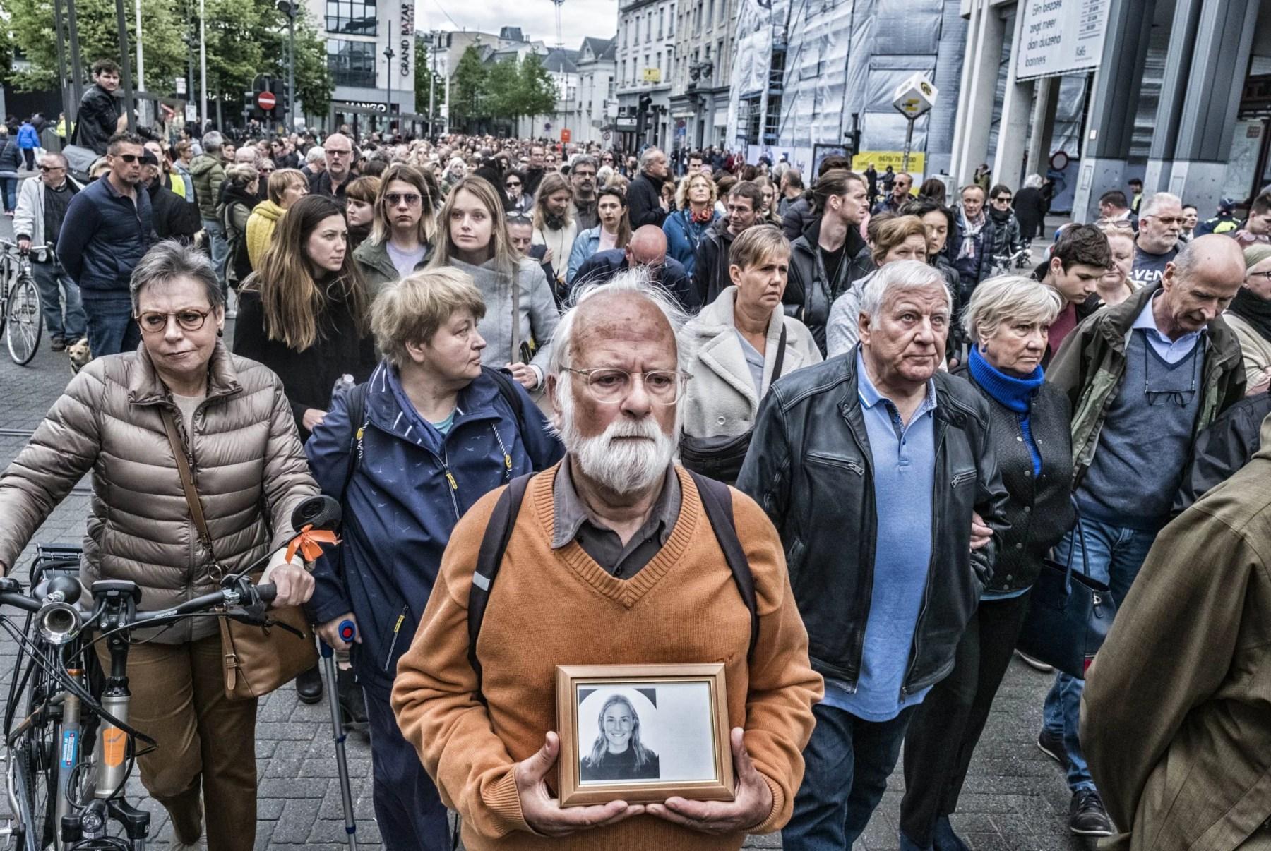 Un an après la mort de Julie Van Espen, la lutte contre les violences sexuelles se poursuit